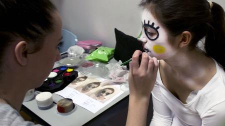 make up in progress